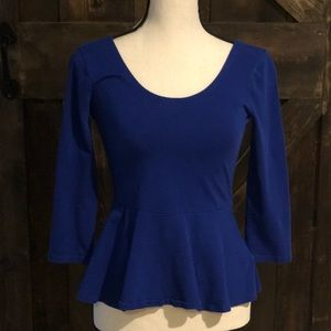 Adorable EXPRESS 3/4 sleeve electric blue top!